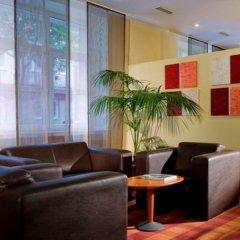 Отель Wyndham Garden Düsseldorf City Centre Königsallee интерьер отеля фото 3