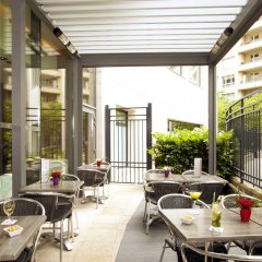 Отель Residhome Courbevoie La Défense бассейн