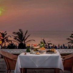 Отель Thavorn Palm Beach Resort Phuket Таиланд, Пхукет - 10 отзывов об отеле, цены и фото номеров - забронировать отель Thavorn Palm Beach Resort Phuket онлайн питание фото 3