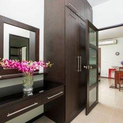Отель Villa Kiri сейф в номере