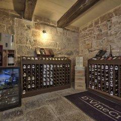 Отель Julesys BnB Мальта, Гранд-Харбор - отзывы, цены и фото номеров - забронировать отель Julesys BnB онлайн гостиничный бар