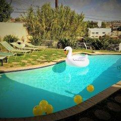 Отель San Vicente 4 Bedroom House By Redawning США, Лос-Анджелес - отзывы, цены и фото номеров - забронировать отель San Vicente 4 Bedroom House By Redawning онлайн бассейн фото 3