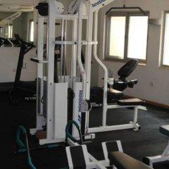 Отель Sandras Inn фитнесс-зал