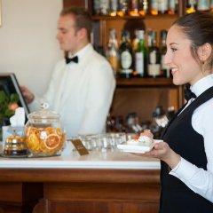 Отель Residenza Parco Fellini Римини гостиничный бар