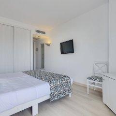 Отель Cala Millor Garden, Adults Only комната для гостей фото 4