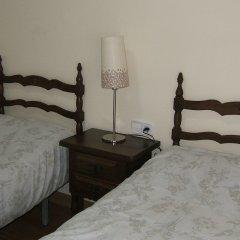 Отель Hostal L'esquella Сант-Марти-де-Сентеллес удобства в номере