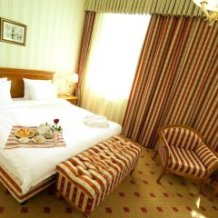 Гостиница Гранд-отель «Тянь-Шань» Казахстан, Алматы - 2 отзыва об отеле, цены и фото номеров - забронировать гостиницу Гранд-отель «Тянь-Шань» онлайн комната для гостей