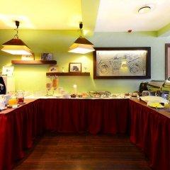 Отель Airport Hotel Abc Латвия, Рига - 13 отзывов об отеле, цены и фото номеров - забронировать отель Airport Hotel Abc онлайн питание фото 2