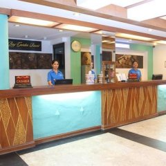 Отель Patong Bay Garden Resort Таиланд, Пхукет - отзывы, цены и фото номеров - забронировать отель Patong Bay Garden Resort онлайн интерьер отеля фото 2