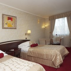 Отель Capitol Hotel Болгария, Варна - отзывы, цены и фото номеров - забронировать отель Capitol Hotel онлайн сейф в номере