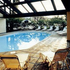 Отель Continent Inn Колумбус бассейн