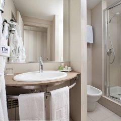 Отель NH Madrid Barajas Airport ванная