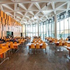 Гостиница University Centre гостиничный бар