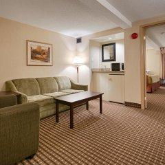 Отель Best Western Plus Ottawa/Kanata Hotel and Conference Centre Канада, Оттава - отзывы, цены и фото номеров - забронировать отель Best Western Plus Ottawa/Kanata Hotel and Conference Centre онлайн комната для гостей фото 5