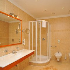 Отель METAMORPHIS Прага ванная фото 2