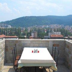 Отель Velbazhd Болгария, Кюстендил - отзывы, цены и фото номеров - забронировать отель Velbazhd онлайн балкон