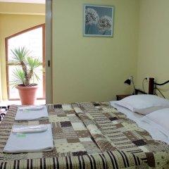 Отель Red Fox Guesthouse комната для гостей