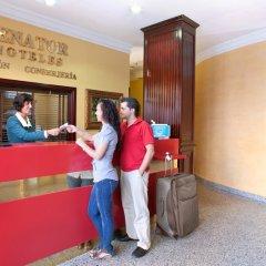 Отель NH Collection Madrid Gran Vía Испания, Мадрид - 1 отзыв об отеле, цены и фото номеров - забронировать отель NH Collection Madrid Gran Vía онлайн интерьер отеля фото 3