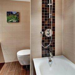 Отель Hilton Garden Inn Davos Швейцария, Давос - отзывы, цены и фото номеров - забронировать отель Hilton Garden Inn Davos онлайн ванная