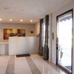 Отель Ramada by Wyndham Culver City интерьер отеля
