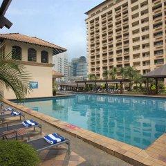 Orchard Rendezvous Hotel by Far East Hospitality Сингапур бассейн фото 3