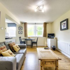 Отель Stunning Studio Apartment Castle View Великобритания, Эдинбург - отзывы, цены и фото номеров - забронировать отель Stunning Studio Apartment Castle View онлайн комната для гостей фото 3