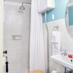 Отель Residentas Atalaia Португалия, Лиссабон - отзывы, цены и фото номеров - забронировать отель Residentas Atalaia онлайн ванная фото 2