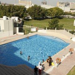 Dubai Youth Hostel бассейн фото 2