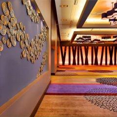 Отель DoubleTree by Hilton Montreal Канада, Монреаль - отзывы, цены и фото номеров - забронировать отель DoubleTree by Hilton Montreal онлайн фитнесс-зал