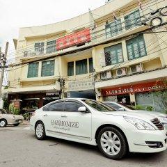 Отель Bangkok Bed And Bike Бангкок спортивное сооружение
