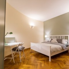 Апартаменты Big Italy Apartment 200m2 комната для гостей фото 5