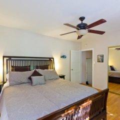 Отель Hollywood Hills canyon Breezes ! - Houses for Rent in Los Angeles США, Лос-Анджелес - отзывы, цены и фото номеров - забронировать отель Hollywood Hills canyon Breezes ! - Houses for Rent in Los Angeles онлайн комната для гостей фото 4