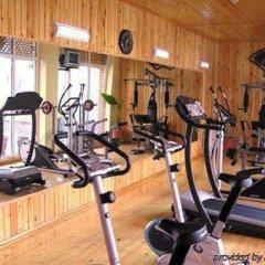 Отель East Legend Panorama фитнесс-зал фото 3