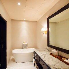 Отель Galle Face Hotel Шри-Ланка, Коломбо - отзывы, цены и фото номеров - забронировать отель Galle Face Hotel онлайн ванная фото 2