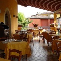 Отель Albergo Le Piante Манерба-дель-Гарда питание