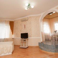 Гостиница Moskva Hotel в Алуште 9 отзывов об отеле, цены и фото номеров - забронировать гостиницу Moskva Hotel онлайн Алушта комната для гостей фото 3
