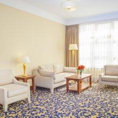 Гостиница Рамада Алматы комната для гостей фото 4