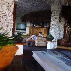 Отель Ninamu Resort - All Inclusive Французская Полинезия, Тикехау - отзывы, цены и фото номеров - забронировать отель Ninamu Resort - All Inclusive онлайн гостиничный бар