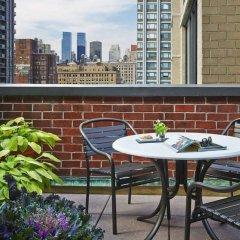 Отель Gardens Suites Hotel by Affinia США, Нью-Йорк - отзывы, цены и фото номеров - забронировать отель Gardens Suites Hotel by Affinia онлайн балкон