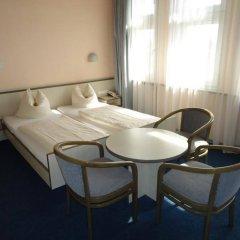Отель und Rasthof AVUS Германия, Берлин - отзывы, цены и фото номеров - забронировать отель und Rasthof AVUS онлайн комната для гостей
