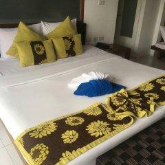 Отель Lawana Escape Beach Resort сейф в номере