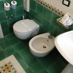 Garden Hotel Равелло ванная фото 2