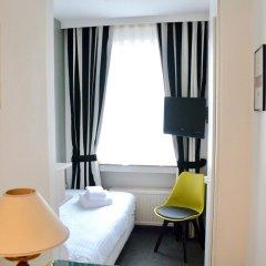 Отель Madeleine Budget Rooms Grand Place Брюссель комната для гостей фото 2