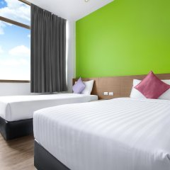 Отель D Varee Xpress Makkasan Таиланд, Бангкок - 1 отзыв об отеле, цены и фото номеров - забронировать отель D Varee Xpress Makkasan онлайн комната для гостей фото 2