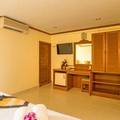 Отель Krabi City Seaview Краби в номере