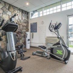 Отель Econo Lodge South Calgary Канада, Калгари - отзывы, цены и фото номеров - забронировать отель Econo Lodge South Calgary онлайн фитнесс-зал