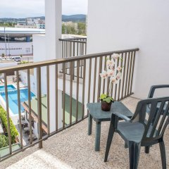 Отель Hostal Tarba балкон