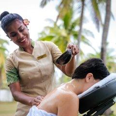 Отель Lomani Island Resort - Adults Only спортивное сооружение