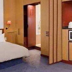 Отель Novotel Suites Berlin City Potsdamer Platz сейф в номере