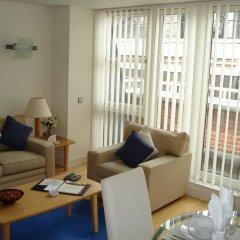 Отель Oakwood At Bow Lane Apts комната для гостей фото 4